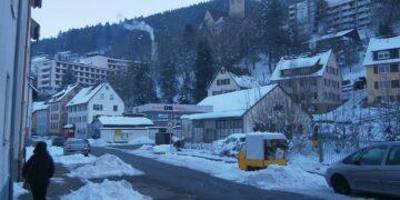Das leer stehende Schramberger Krankenhaus im Sanierungsgebiet Bühlepark. Archiv-Foto: him