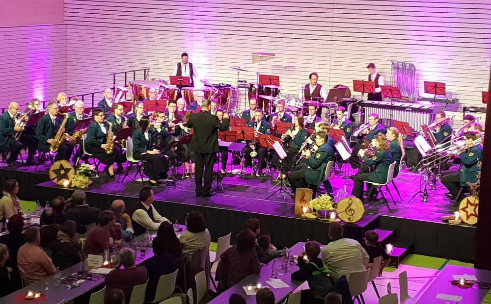 Einen wünderschönen Konzertnachmittag bescherten die Göllsdorfer Musiker dem Publikum. Foto: pm