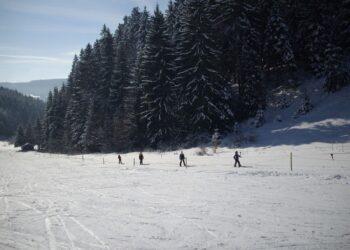Auch der Skilift in Tennenbronn im Remsbachtal soll über die Schramberg Card für Gäste billiger werden. Archiv-Foto: him