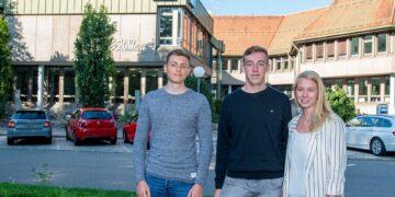 Die betriebliche Ausbildung hat bei der IHK Schwarzwald-Baar-Heuberg einen hohen Stellenwert. Von links: Tim Kieninger, Leonardo Alich und Larissa Kratt. Foto: ihk