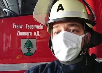 Behelfsmundschutzmaske   in Zimmern. Foto. fw
