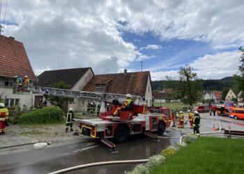 Feuerwehreinsatz in Rotenzimmern. Alle Fotos: Peter Arnegger