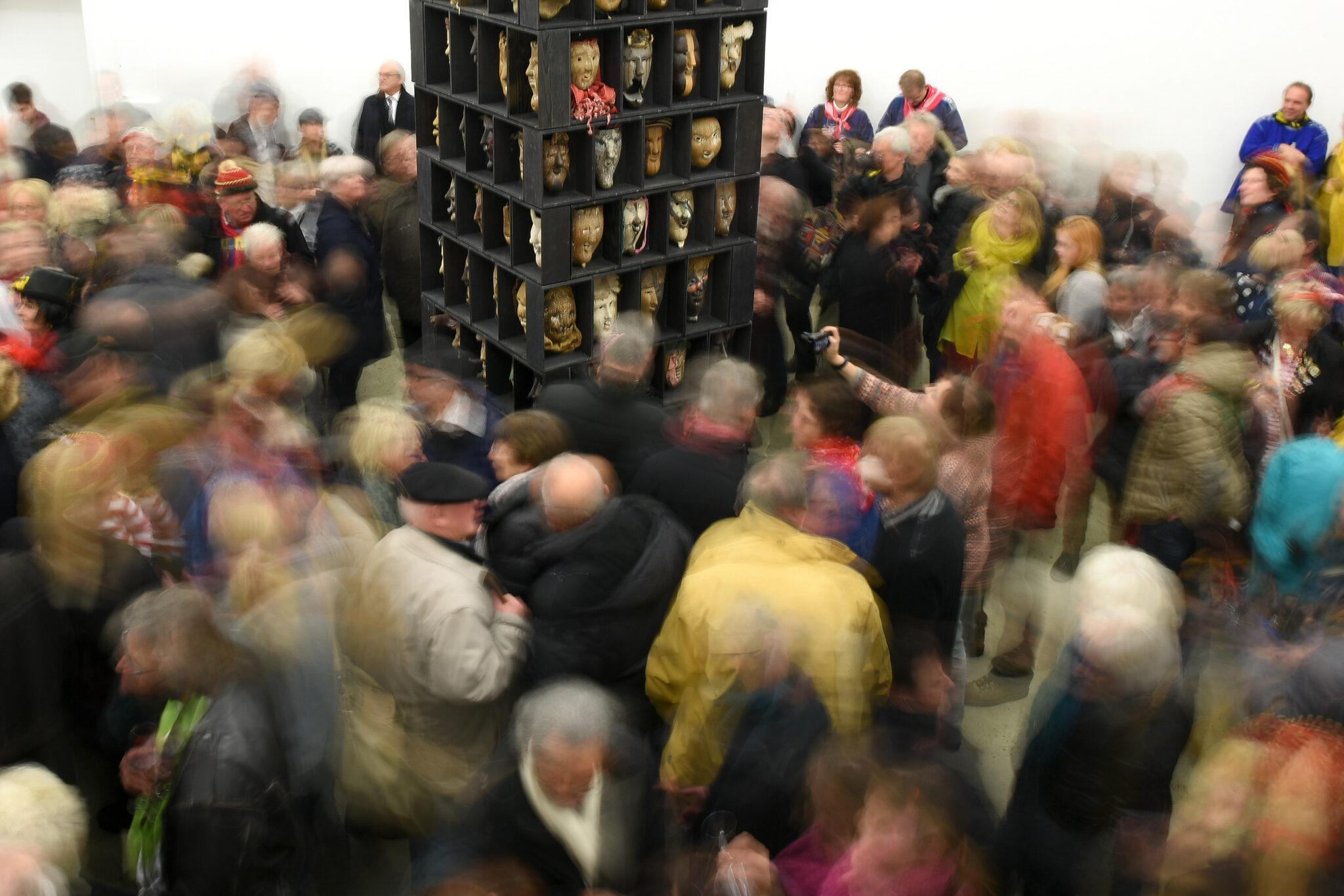 Nur 80 Gäste können am Samstag mein Jubiläum dabei sein. Oft war es im Bürgersaal brodelnd voll, etwa bei Ausstellung mit Larven Willi Buchers zum Narrentag 2017. Archivfoto: al