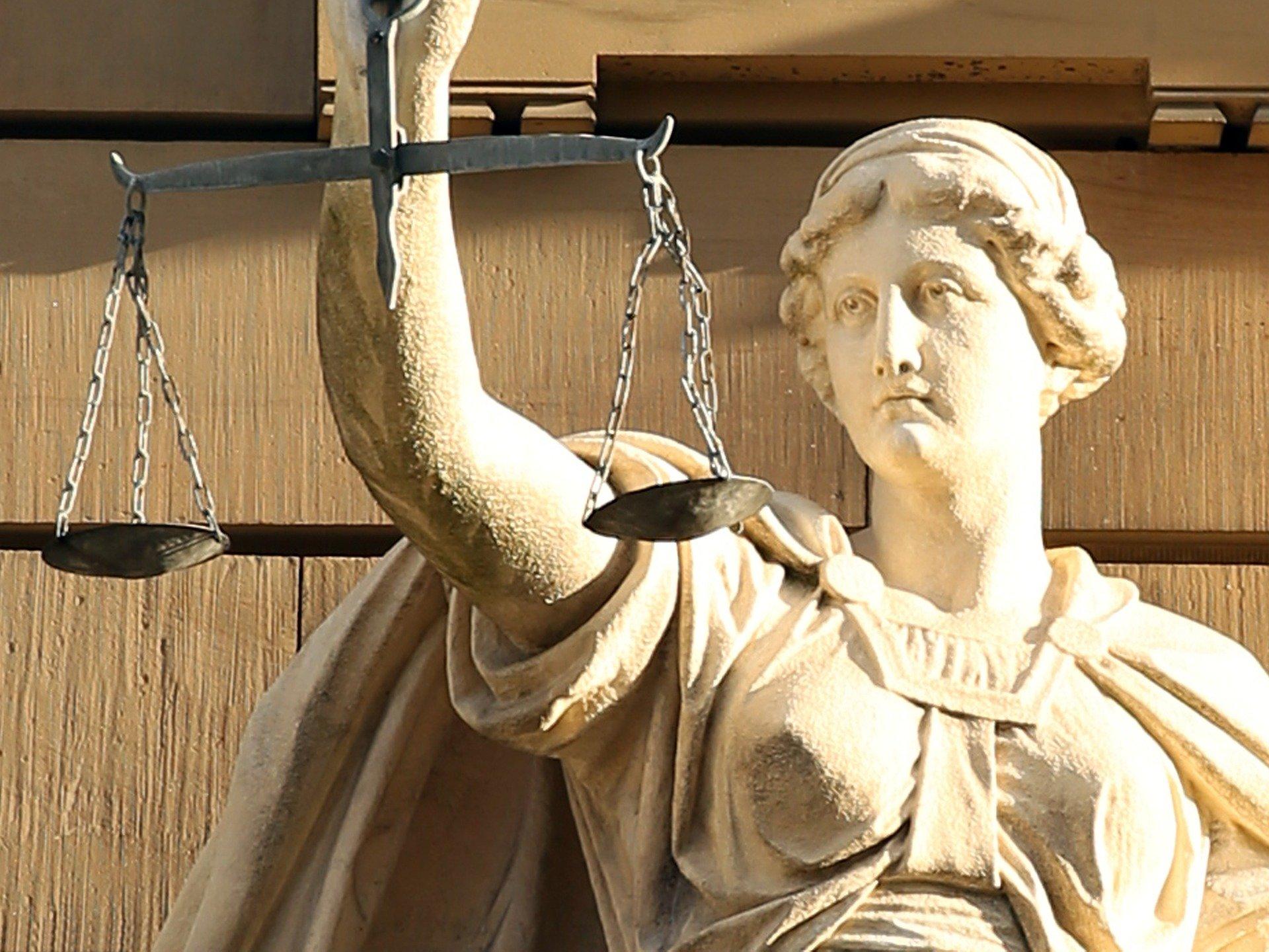 Justizia. Symbol-Bild von Hermann Traub auf Pixabay