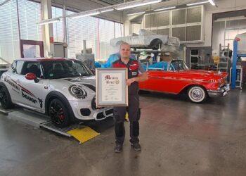 Timo Bauer hat seine Meisterprüfung als Bester im praktischen Teil erfolgreich absolviert.  Foto: pm