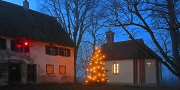 Auch wenn keine Gottesdienste über Weihnachten stattfinden können, die Kirchen der Seelsorgeeinheit Dietingen, sowie die Kapelle auf Maria Hochheim sind für einen Besuch an der Krippe geöffnet.Foto: Roland Ober
