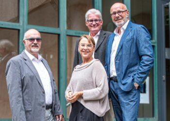 Auch in Coronazeiten sind die IHK-Bildungsberater für die Unternehmen erreichbar: Jürgen Jani, Petra Fritz, Alexander Fritz und Klaus Ringgenburger (von links). Foto: pm