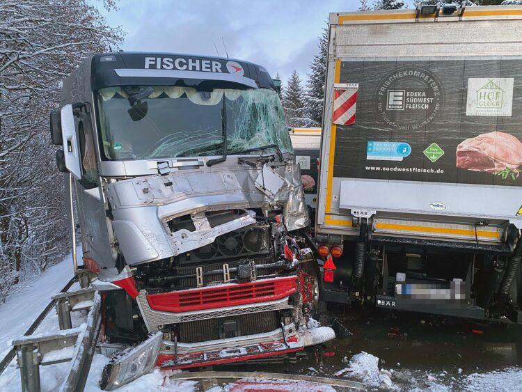 Unfall zwischen Schweningen und Rottweil. Foto: Blaulichtreport Rottweil