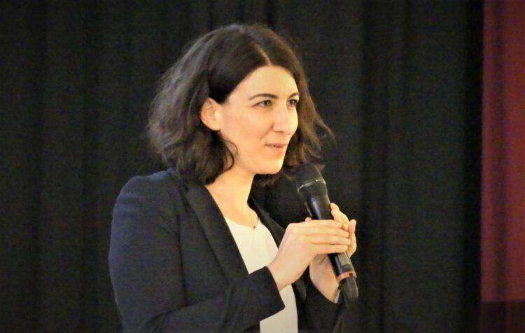 Oberbürgermeisterin Dorothee Eisenlohr bei ihrer Haushaltsrede. Fotos: him
