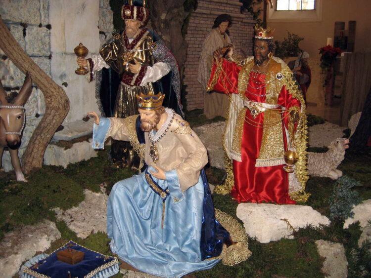 Die Dreikönige in der Weihnachtskrippe  der Pelagiuskirche. Foto: Lothar Schick