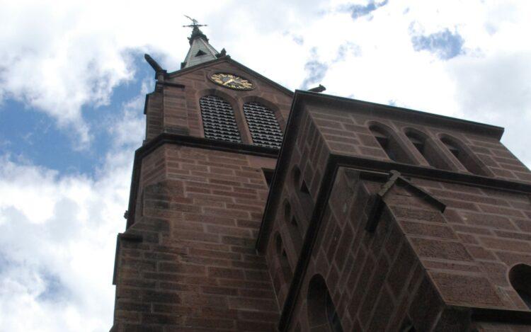 Kirchturm dr evangelischen Stadtkirche. Archiv-Foto: him