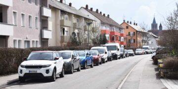 Parken in der Predigerstraße: Noch kostet es hier nichts. Aber das soll sich ändern, findet der Gemeinderatsausschuss. Foto: wede