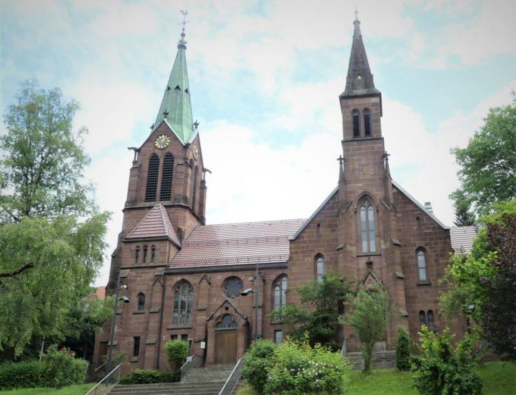 Die evangelische Stadtkirche. Archiv-Foto: him