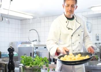 Wilhelm Mayer kocht für Sie. Foto: pm