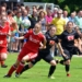 Das waren noch Zeiten, als vor einer großen Zuschauerkulisse Fußball gespielt werden konnte (Szene aus dem Frauen-Bezirkspoklafinale 2018). Archiv-Foto: wede