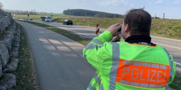 Die Polizei kontrollierte die Geschwindigkeit wie hier an der B 462 zwischen Dunningen und Rottweil. Foto: Andreas Maier