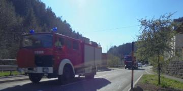 Die Feuerwehrleute kehren vom Fohrenbühl zurück. Foto: him