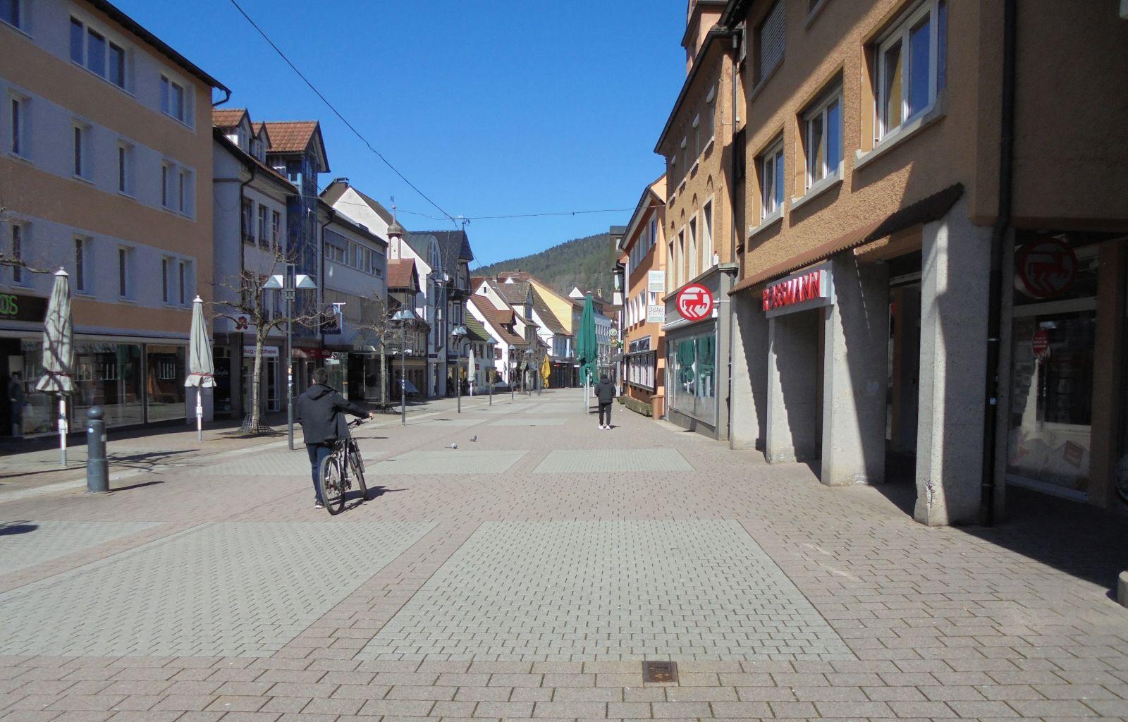 Leer gefegt: Die Schramberger Fußgängerzone vor einem Jahr. Foto: him