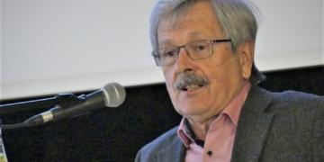 Helmut Banholzer im Verwaltungsaussschuss.  Foto: him
