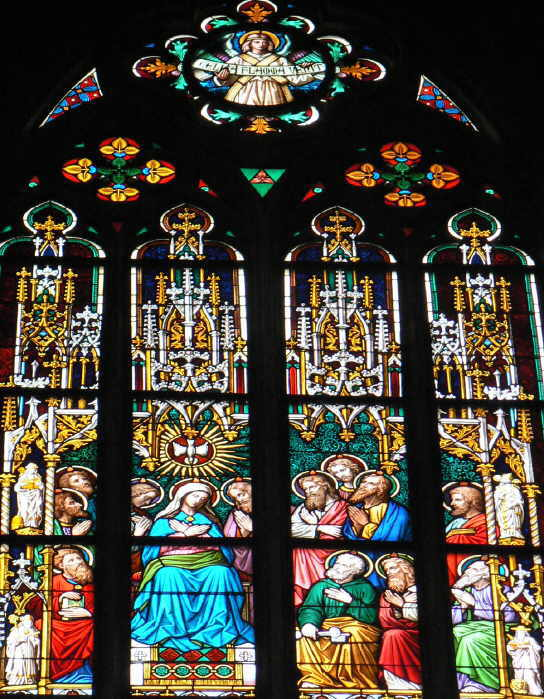 Bild zu Pfingsten im Rottweiler Heilig-Kreuz-Münster.Foto: Veronika Heckmann-Hageloch