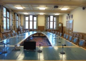 Sitzungssaal im Rathaus. Foto: him