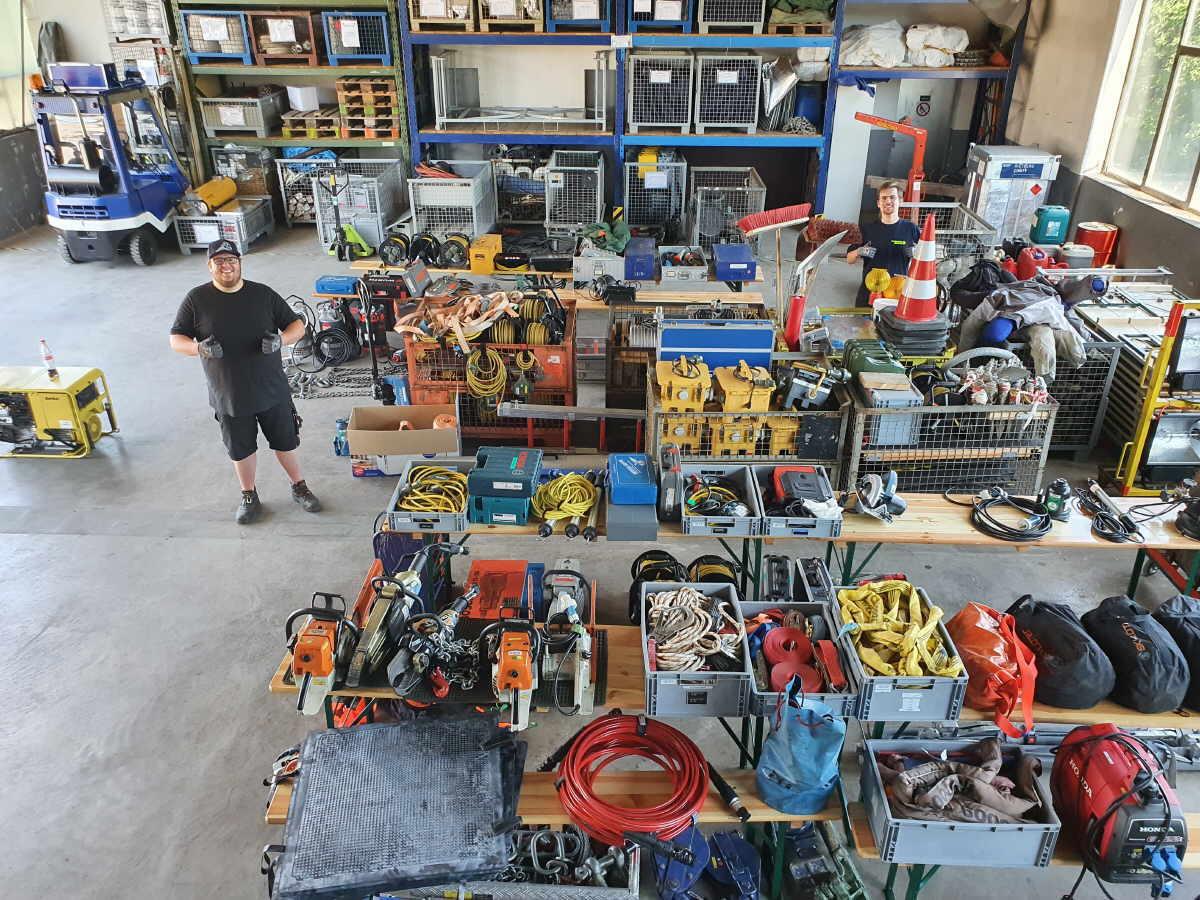 Umfangreiche Materialüberprüfung beim THW-Ortsverband Rottweil . Foto: pm