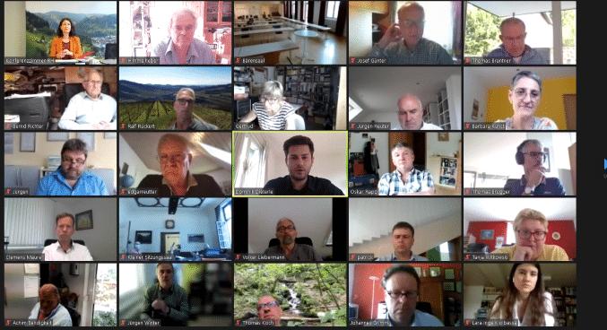 Virtuelle Gemeinderatssitzung mit Live-Übertragung in den Bärensaal. Nur zur Beschlussfassung und für die nicht-öffentliche Sitzung fand sich der Gemeinderat anschließend dort ein. Screenshots: him