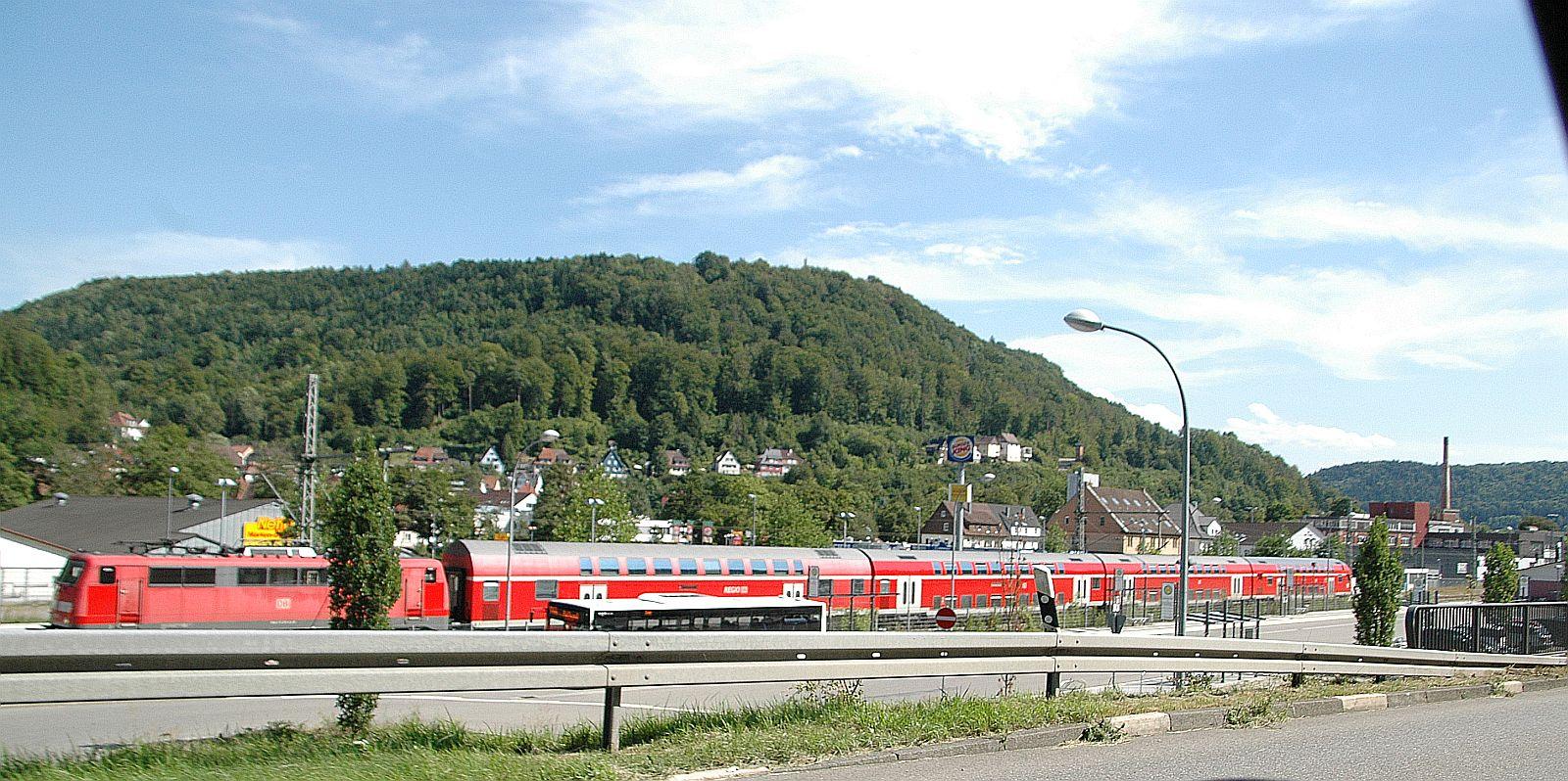 Zug auf der Gäubahn Richtung Stuttgart. Archiv-Foto: him