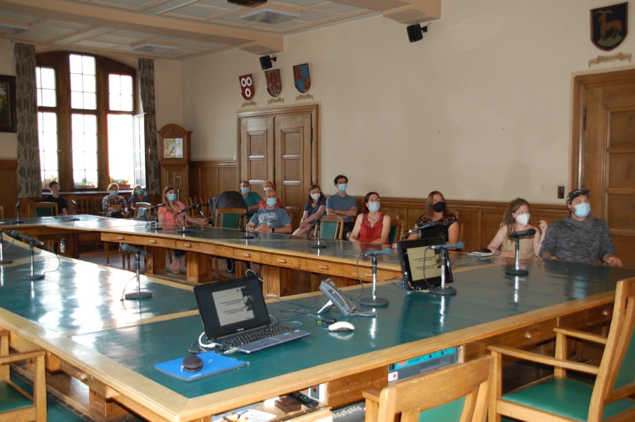 Viele Vertreterinnen und Vertreter der Elterninitiative Waldkindergarten waren selbst anwesend bei der Besprechung im Verwaltungsausschuss. Foto: lm