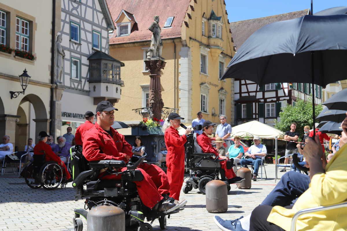 Das Ensemble bei der Aufführung in Sigmarinegn. Foto: pm