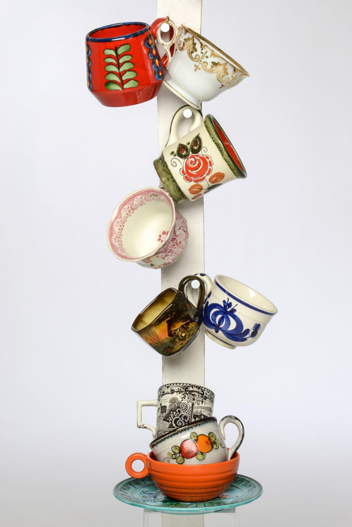Tassen aller Art aus früheren Zeiten sind im Stadtmuseum jetzt auch in einer Spenden- und Tauschbörse zu haben. Foto: Martin Kasenbacher / Stadtmuseum Schramberg