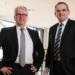 Die Vorstandsmitglieder Steffen Schlenker (links) und Christoph Groß.  Foto: Volksbank Deisslingen