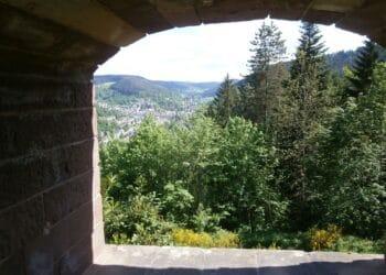 Blick von der Ruine Schilteck auf Schramberg. Archiv-Foto: him