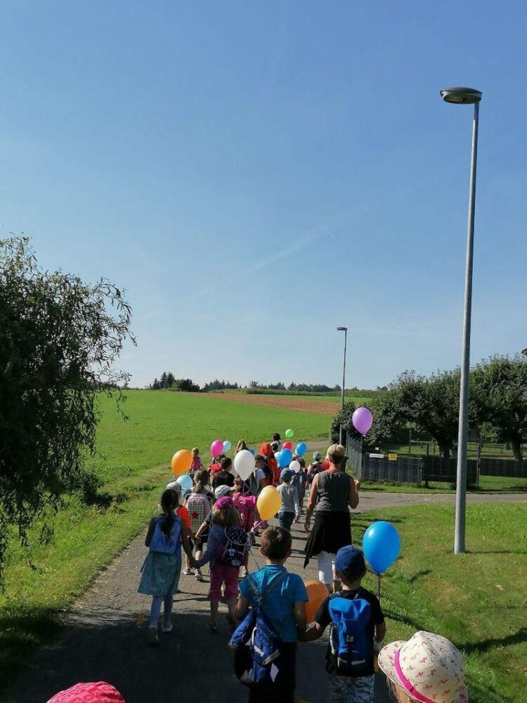 Ein Höhepunkt war die gemeinsame Ballonaktion . Foto: pm