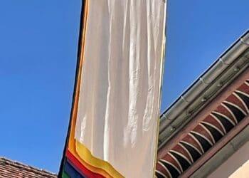 Fahne des Schweizer Künstlers Willy Müller-Brittnau. Foto: pm