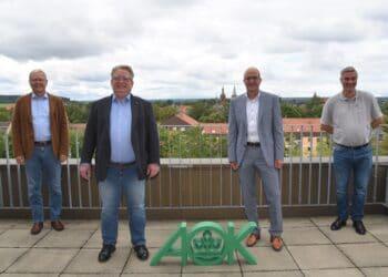 Mirko Witkowski, SPD-Bundestagskandidat (zweiter von links) zu Besuch bei der AOK Schwarzwald-Baar-Heubert. Foto: AOK