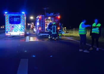 Schwerer Unfall auf der A 81 zwischen Oberndorf und Sulz. Foto: Blaulichtreport Rottweil.