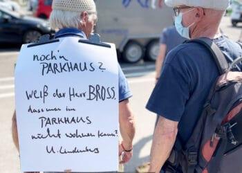 Bürgerprotest gegen ein geplantes Parkhaus in Rottweil. Archiv-Foto: Peter Arnegger