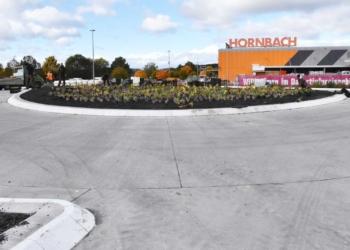 Der Kreisel bei Hornbach heute Vormittag: Acht Tage noch, bis hier der Verkehr rollt.