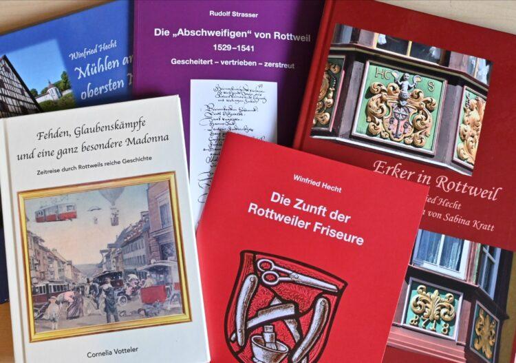 Jüngst sind mehrere lesenswerte Publikationen zur Rottweiler Stadtgeschichte erschienen. Foto: al